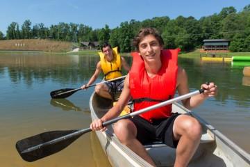 boys-canoe